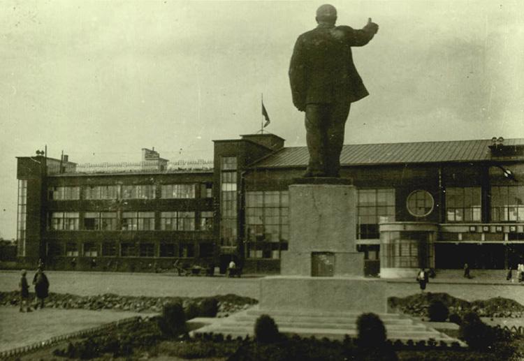 Железнодорожный вокзал в Иванове